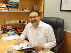 Dr Lenny Da Costa